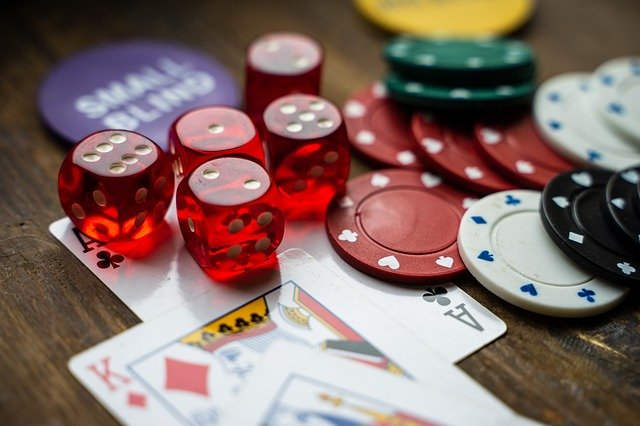 Crave for bonuses and rewards? Try online casinos